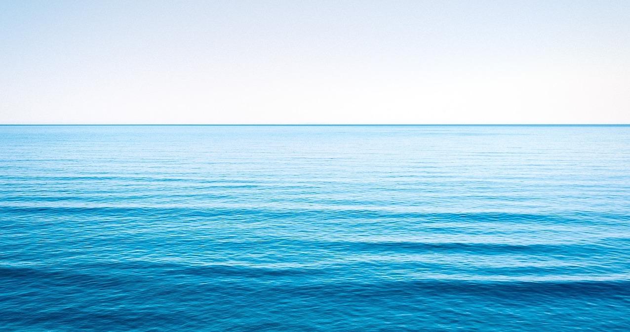 Blue Ocean Shift-calm